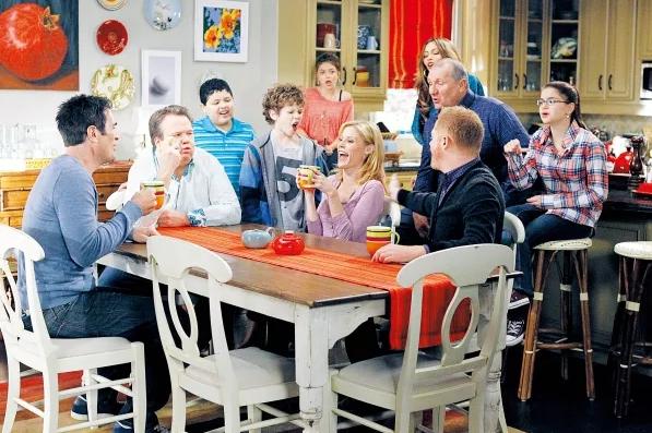 《摩登家庭Modern Family》全10季高清资源,中英双语字幕!学习分享